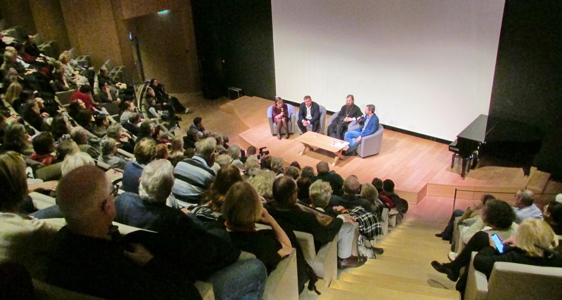 В Париже состоялся культурно-просветительский вечер на тему «Знакомство с Православием: Тысяча лет на Афоне»