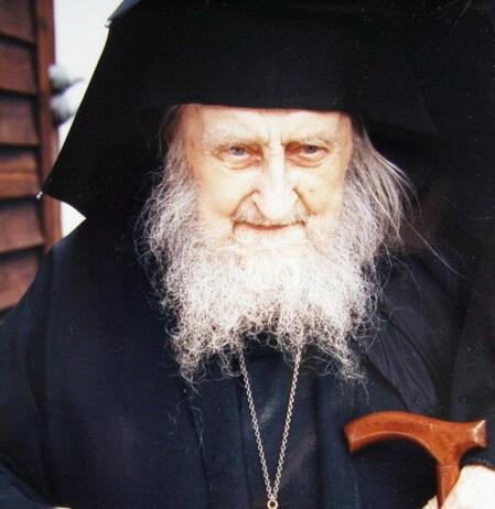 «На его лице отображалось духовное сияние и свет». Воспоминания проф. А. Тахиаоса о старце Софронии (Сахарове)